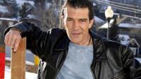 antonio-banderas-wallpaper-1366x768_t1.jpg